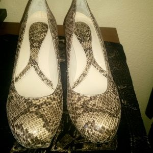 Naturalizer Snakeskin Shoes